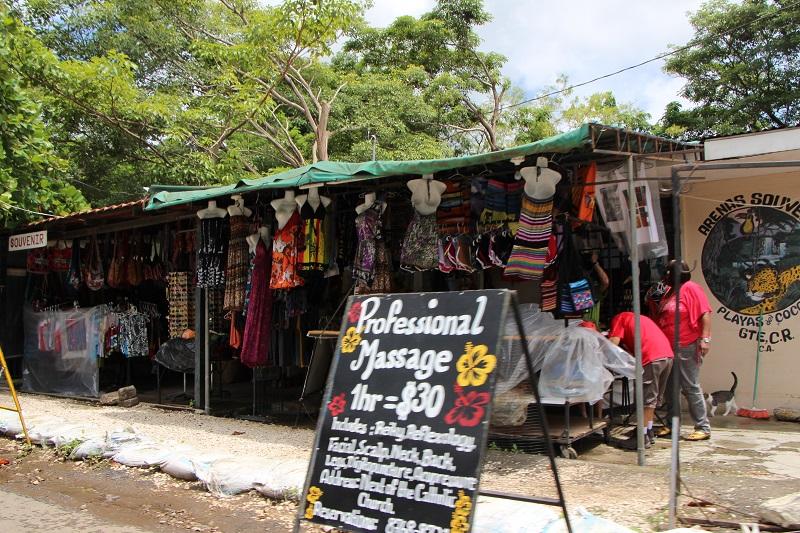 playas del coco shopping souvenir stores