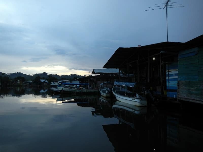 planning our trip to panama from Costa Rica - almirante boat dock