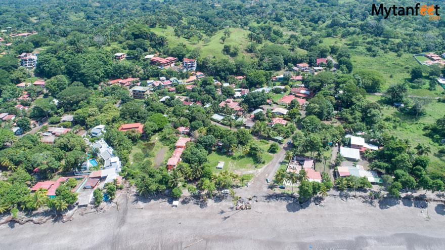 Playa Esterillos Oeste town