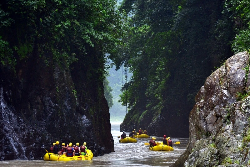 white water rafting Costa Rica Rio Pacuare