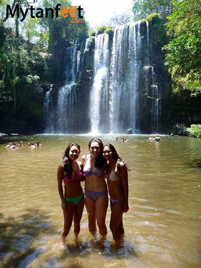 things to do in costa rica - Catarata llanos de cortes waterfall