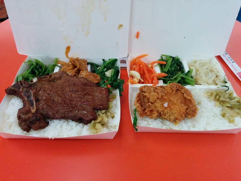 Cost to Travel in Taiwan - cheap lunchboxes less than $2 each
