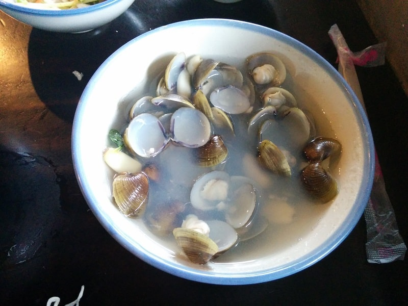 best taiwanese food clam and ginger soup