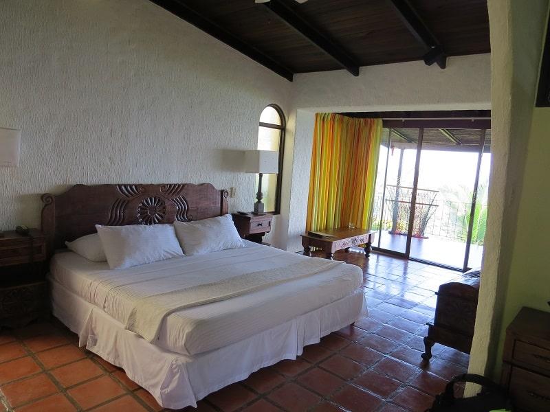finding accommodation in costa rica hotel la mariposa