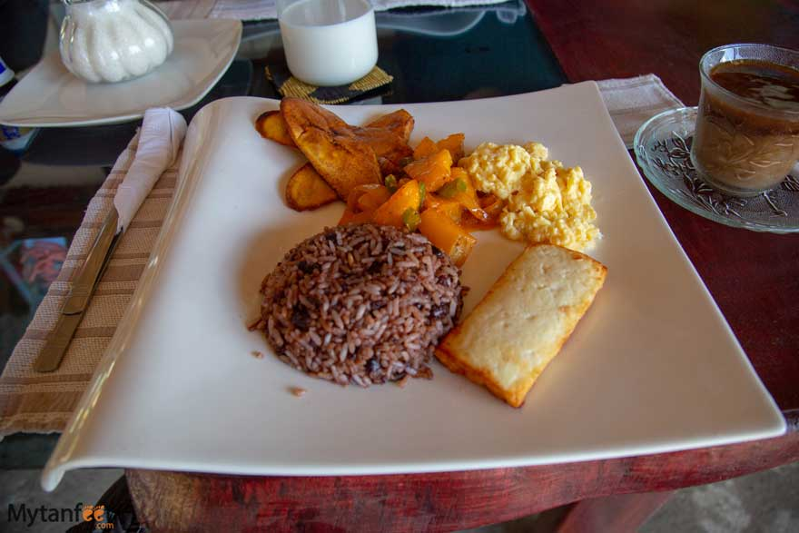 Nicaragua day tour from Costa Rica - breakfast