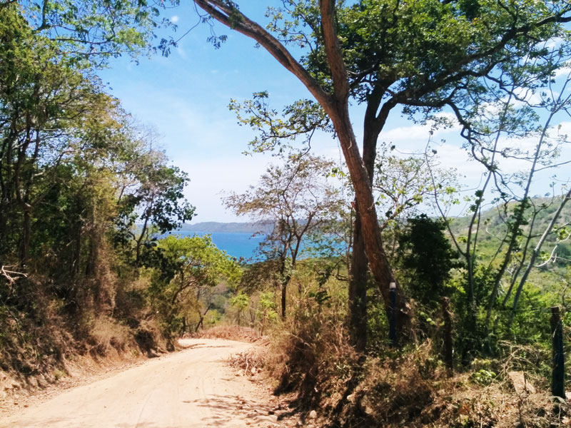 playa iguanita in guanacaste road