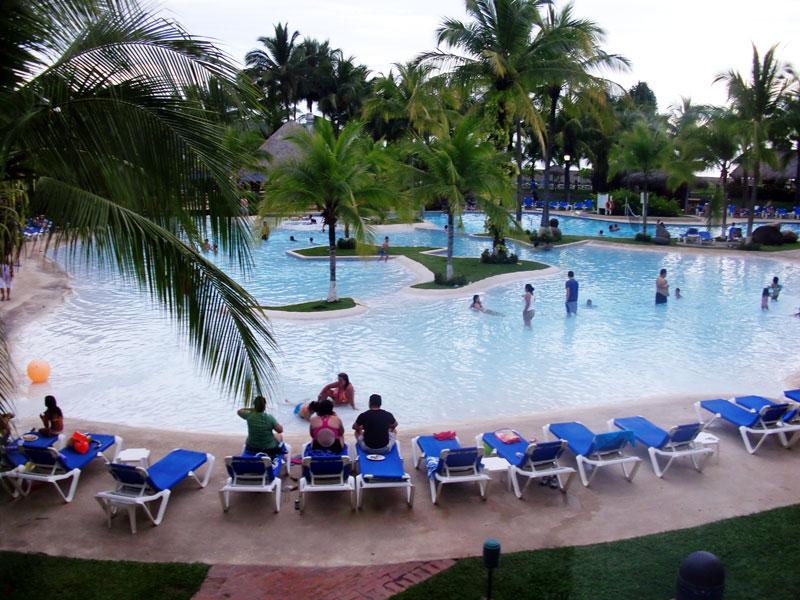 Costa Rica all inclusive resorts - double tree hilton puntarenas