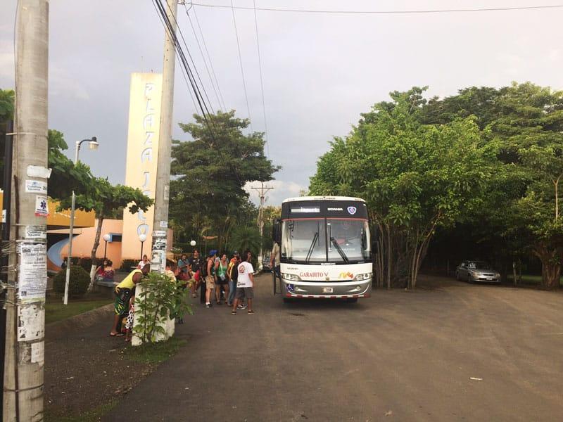 taking-the-bus-from-san-jose-to-playa-jaco-jaco-bus-garabito