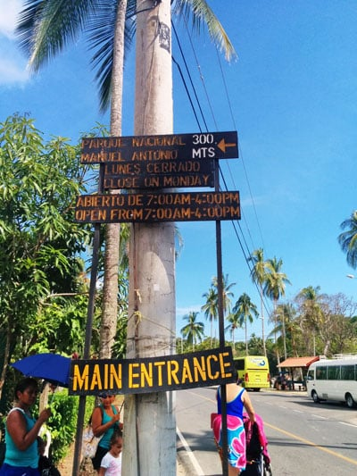 bus from Playa Jaco to Manuel Antonio National Park - path to national park