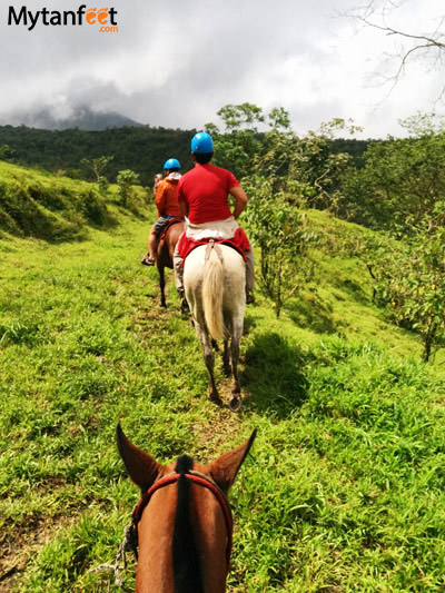 things to do in la fortuna and arenal - horseback riding
