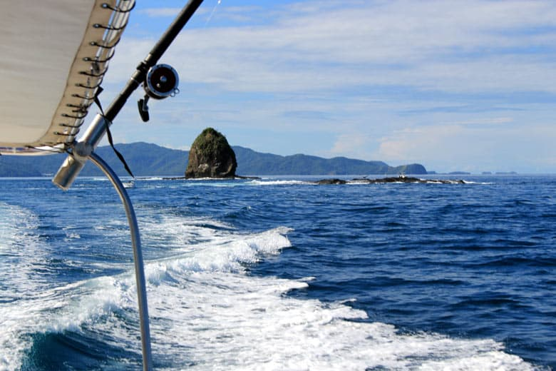 boating in playas del coco - fishing