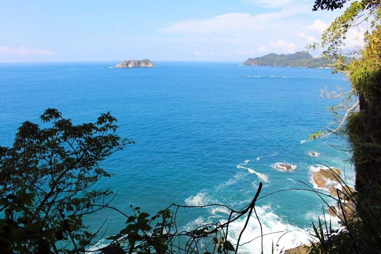 The complete guide to hiking Manuel Antonio National Park - isla olocuita