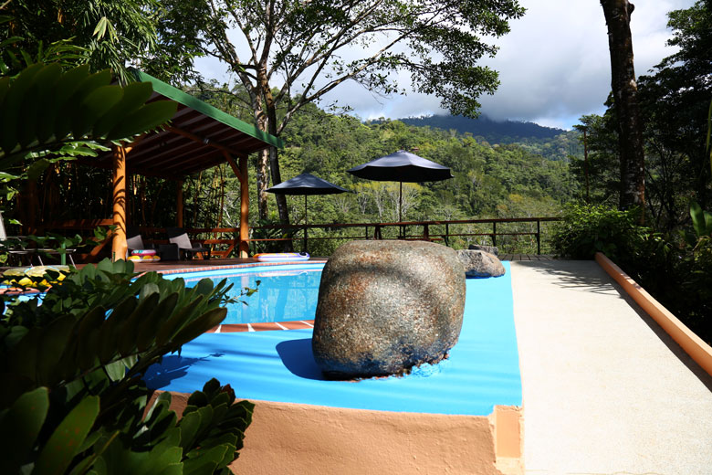 Pool with mountain view at Manoas in Uvita