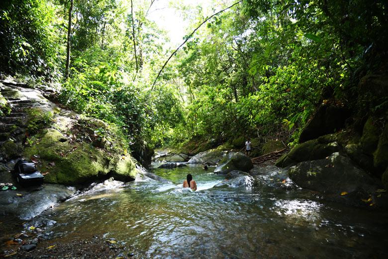 cascada el pavon river
