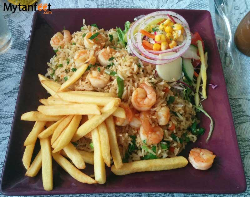 Costa Rican food - arroz con camarones