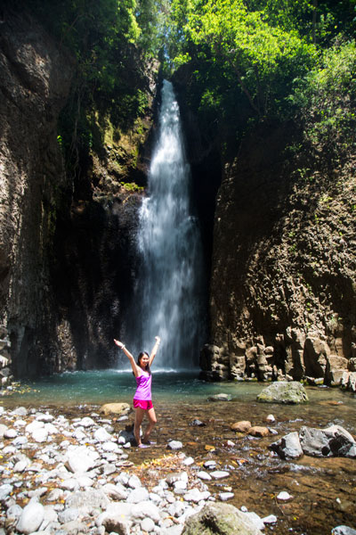 10 reasons to visit the central valley in Costa Rica - los chorros waterfalls in grecia