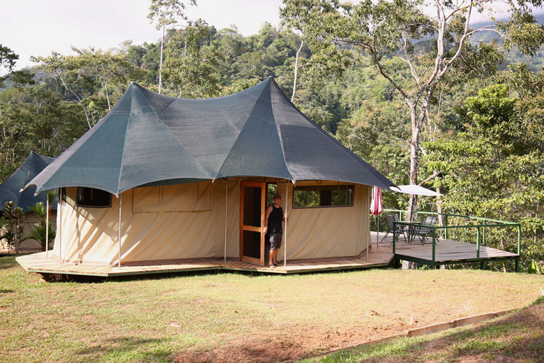 Glamping in Costa Rica - Luxury tent at Manoas in Uvita