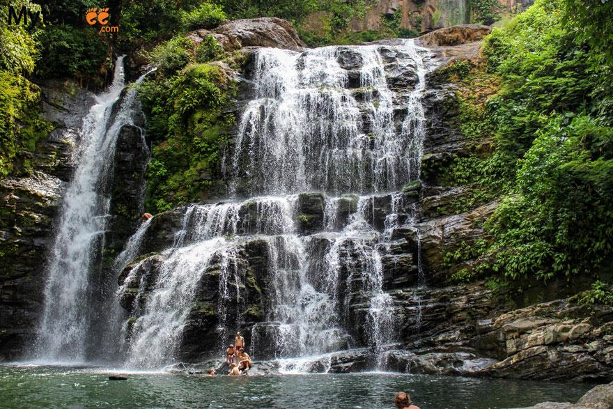 Costa Rica experiences - nauyaca waterfalls