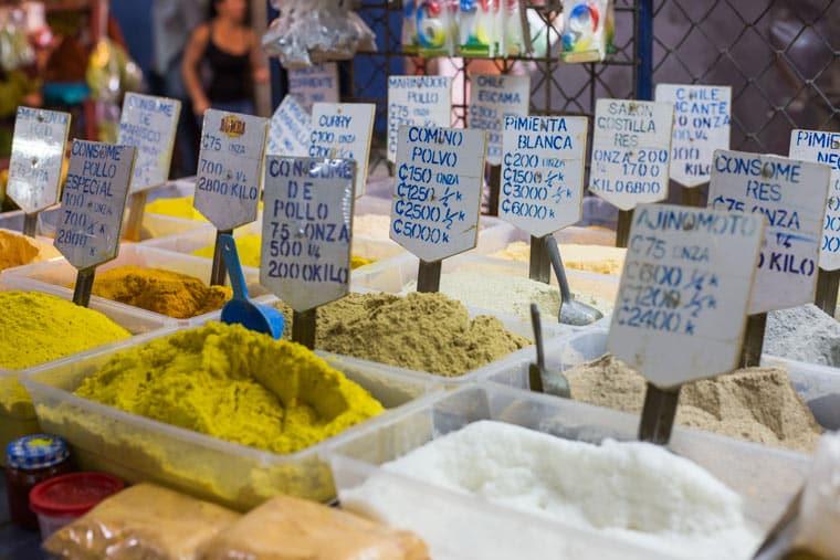 Heredia cultura tour - Heredia Market spices