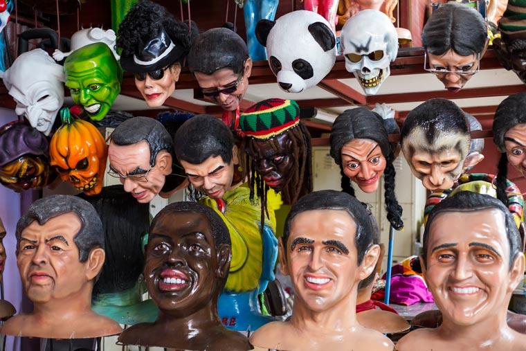 Heredia cultural tour - Barva masks 1
