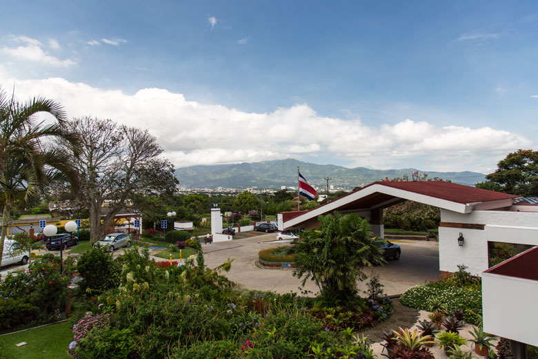 Hotel Bougainvillea in Heredia Mountain View