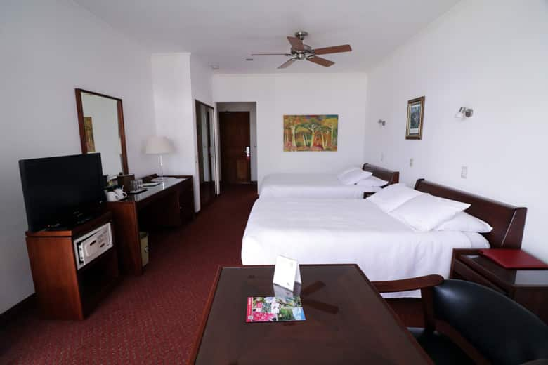 Hotel bougainvillea in Heredia - Mountain view room