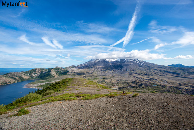 Mount St Helens hiking - view at the top of Harrys Ridge of Helens, Mount Adams and Spirit Lake