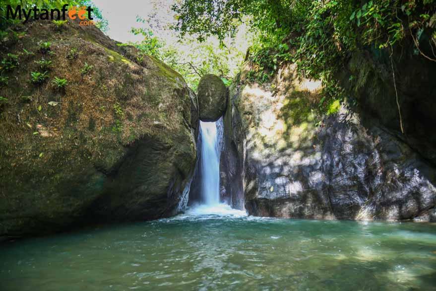 Oxygen Jungle Villas - Cascada El Pavon a small waterfall nearby