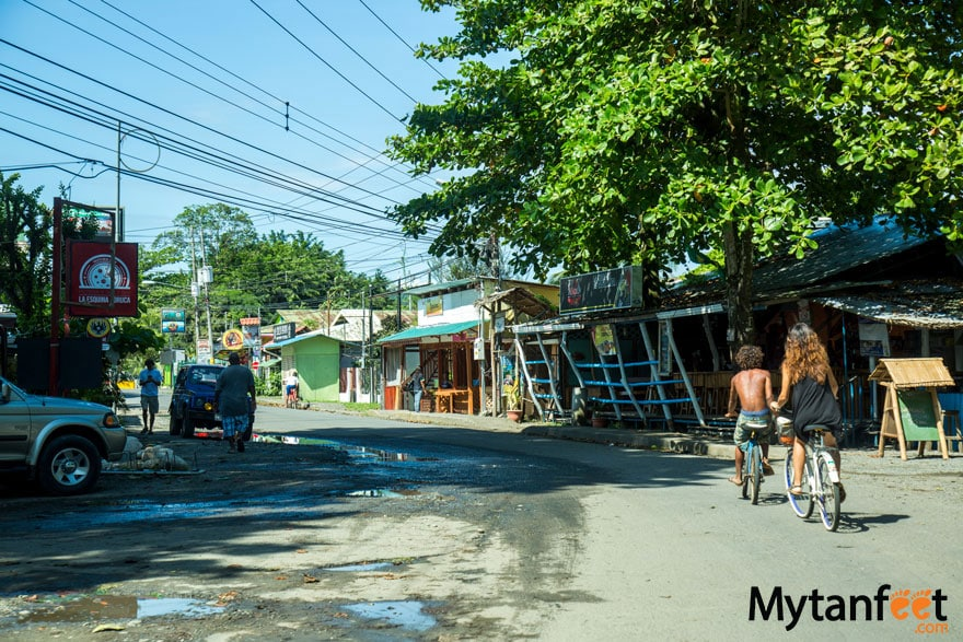 Cheap things to do in Costa RIca - rent a bike around the beach towns