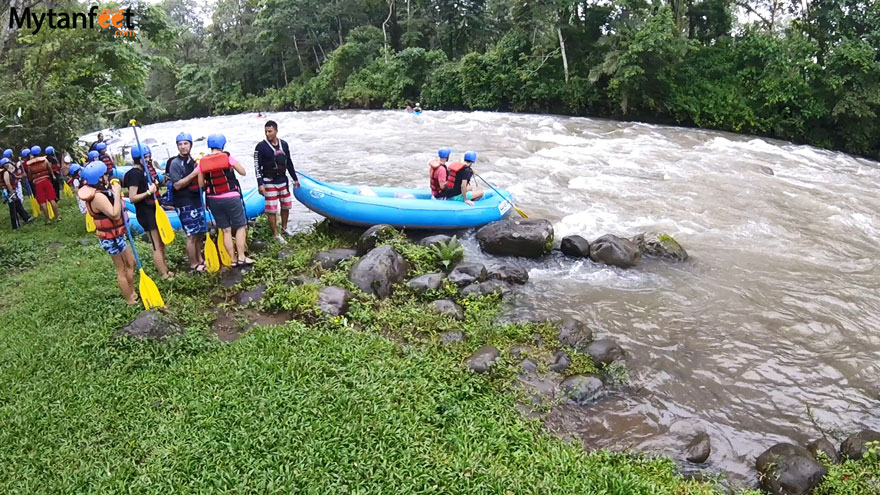 Costa Rica monkey tours - white water rafting rio balsa