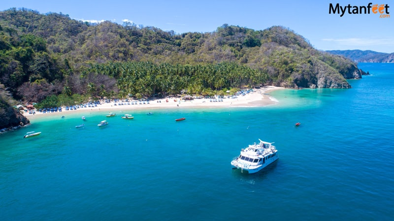 things to do in costa rica - Tortuga Island day cruise