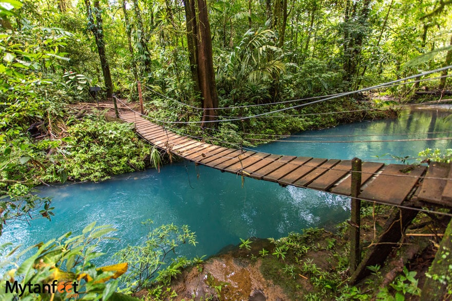 Rio Celeste Costa Rica - bridge