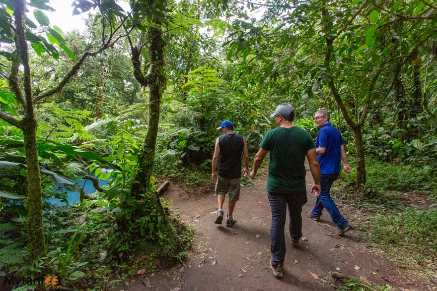 costa rica adventures - hiking
