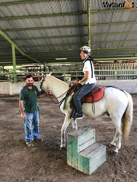 horseback riding in turrialba julio