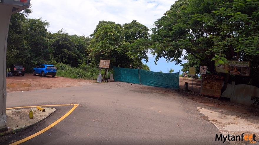 Marino Las Baulas parking lot (Grande)