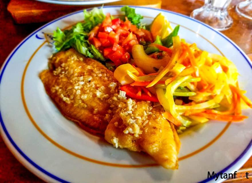 Eating Vegetarian in Costa Rica - fish casado