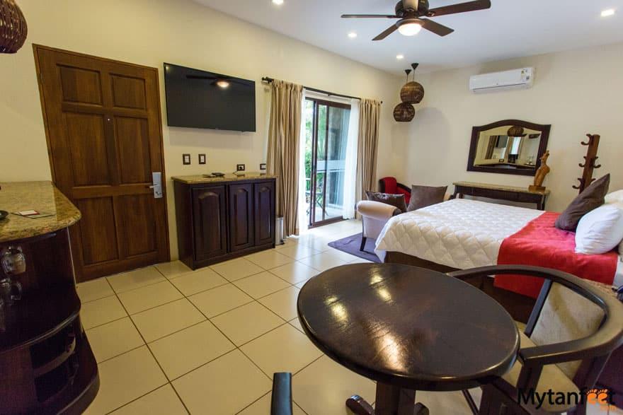Hotel Poco a Poco master suite