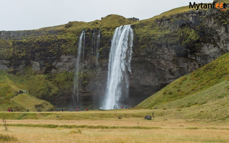 How much it costs to travel in Iceland for one week - Seljalandsfoss waterfall