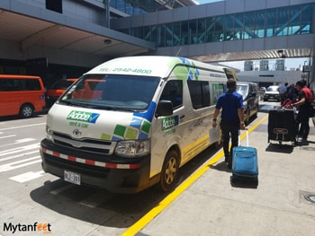 Tips for renting a car in Costa Rica - Adobe airport pick up