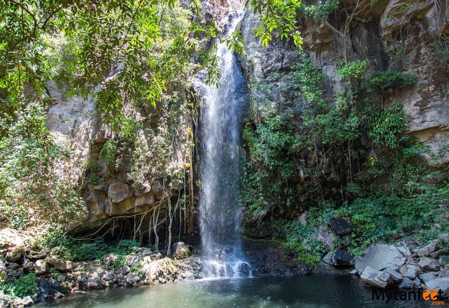 Catarata La Cangreja waterfall - Best waterfalls in Costa Rica