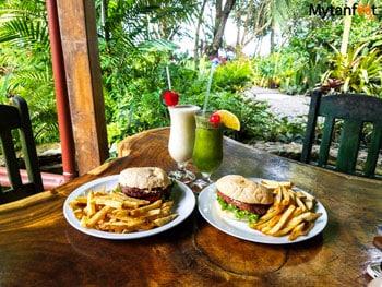Hotel Banana Azul restaurant