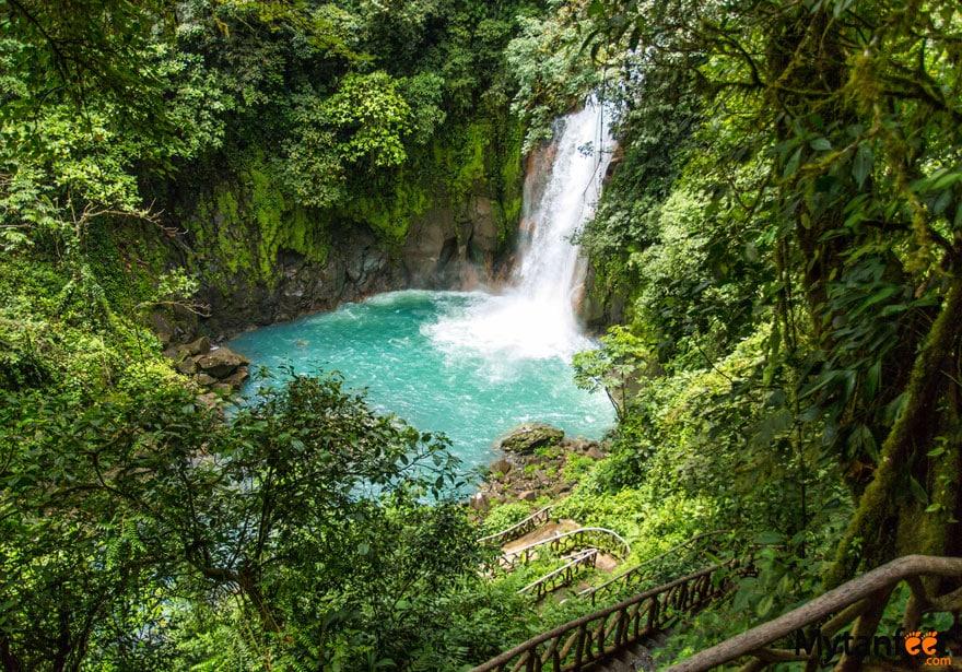 Rio Celeste waterfall - Best waterfalls in Costa Rica
