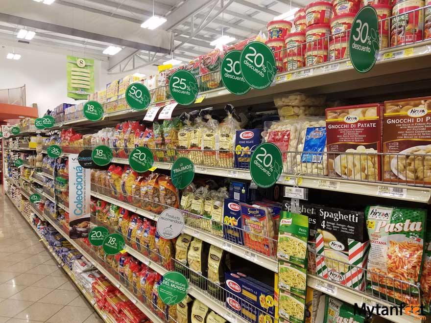 Costa Rica grocery stores - auto Mercado