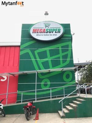 Grocery stores in Costa Rica - Mega Super
