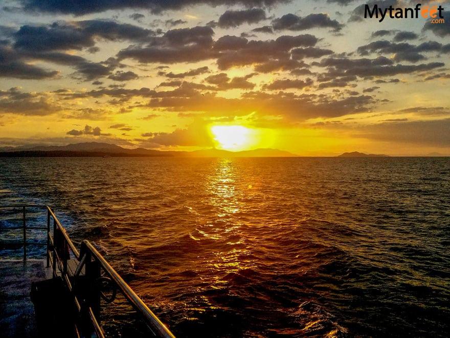 Tortuga Island Costa Rica Tours: Bay Island Cruises