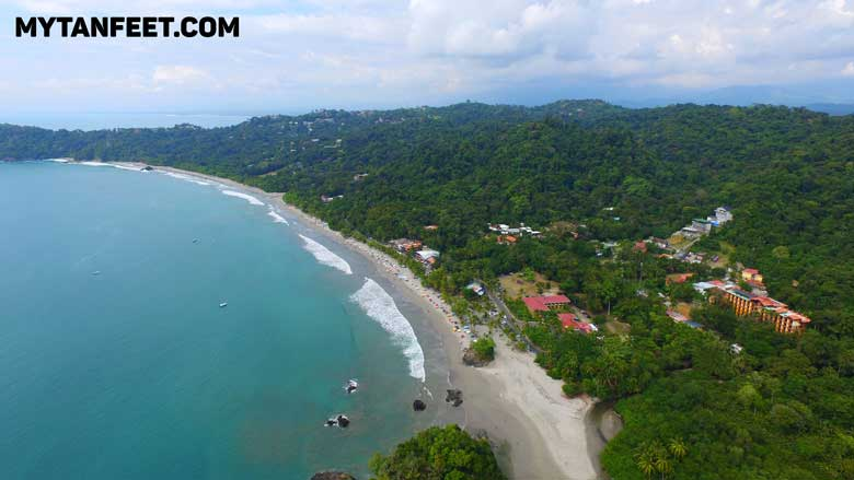 Public beach next to the Manuel Antonio National Park