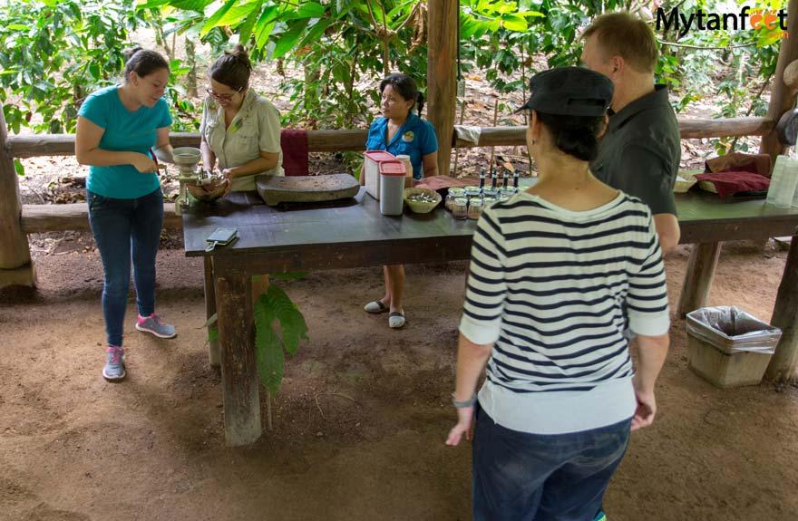 Rainforest Chocolate Tour La Fortuna - making chocolate