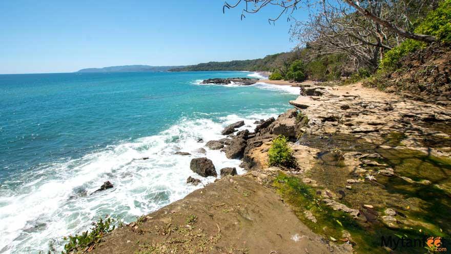 Playa Cocolito Montezuma El Chorro waterfall