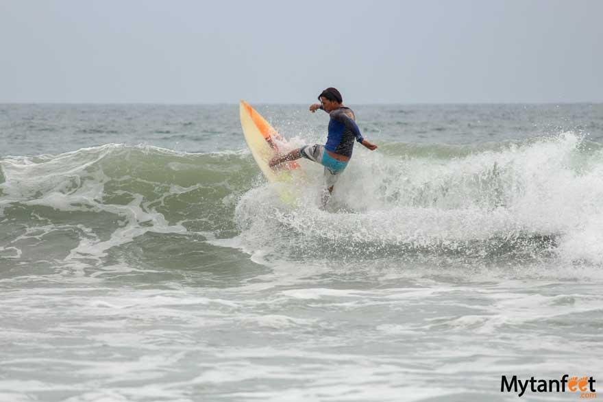 Playa Avellanas, Costa Rica surfing