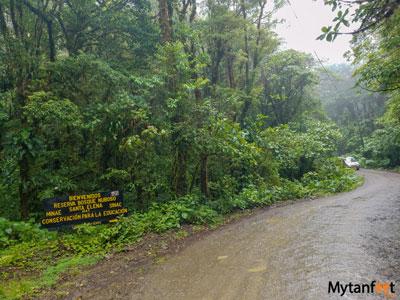 Road up to Santa elena Cloud Forest Reserve